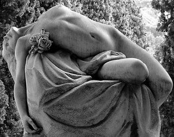 Despre moarte si servicii funerare