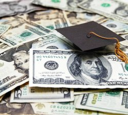Devalorizarea diplomelor