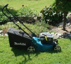 O buna masina de tuns iarba – caracteristici si avantaje