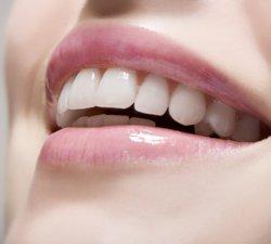 Benzicrest.ro demonteaza miturile despre albirea dintilor