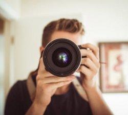 Cerere tot mai mare de fotografi profesionisti !
